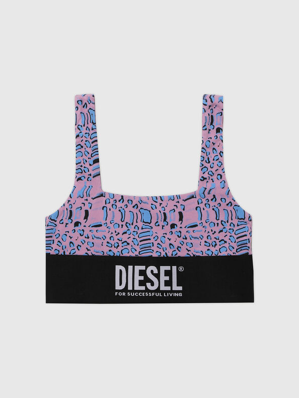 https://ch.diesel.com/dw/image/v2/BBLG_PRD/on/demandware.static/-/Sites-diesel-master-catalog/default/dwf06867a4/images/large/A01952_0TBAL_E5366_O.jpg?sw=594&sh=792