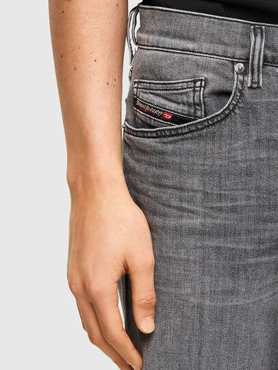 Diesel - D-Mihtry 09A10, Gris Clair - Jeans - Image 3