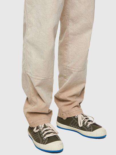 Diesel - D-Azerr JoggJeans® 069WG, Bianco - Jeans - Image 4
