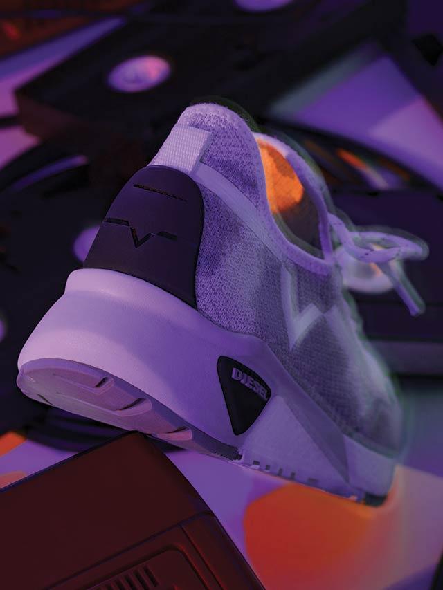 SKB Sneakers